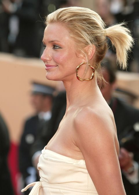 21 wunderschöne Pferdeschwanz Frisuren, um Sie schön aussehen zu lassen