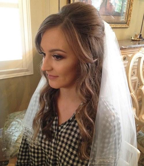 Half Up Half Down Hochzeitsfrisuren - 50 stilvolle Ideen für Bräute