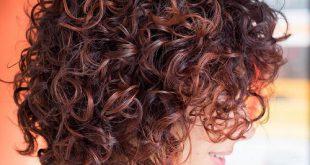 50 verschiedene Versionen von Curly Bob Frisur