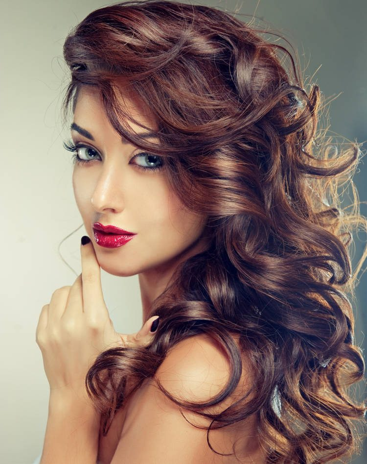 20 indische Frisuren für einen ultimativen Diva-Look