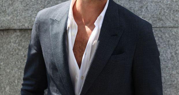 Männerhaare für die Arbeit: Seitenteil für lange oder mittlere Schnitte