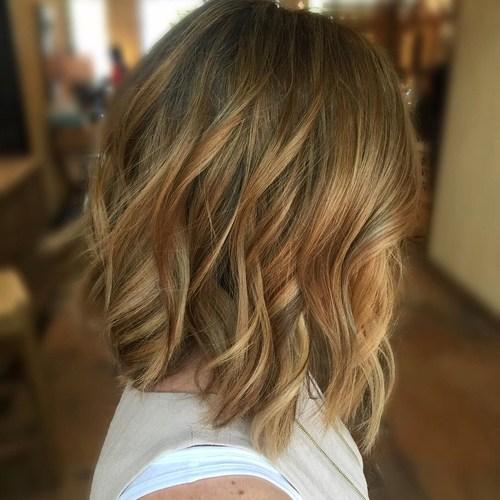 Wählen Sie eine Haarfarbe für Ihren Hautton