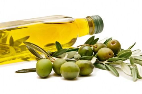 Olivenöl für das Haar: Wie man es benutzt, alle Vorteile, Tipps und Tricks
