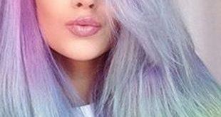 Match: Voller Rainbow Hair gegen Tie Dyed Tips
