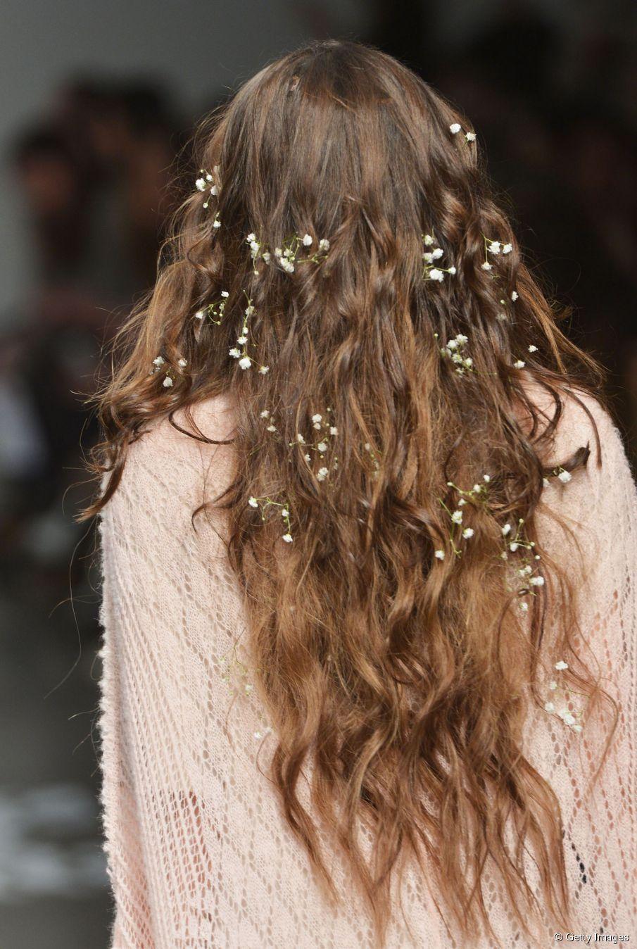 Hairstyle Hack: Der schnellste Weg, texturierte Wellen zu bekommen