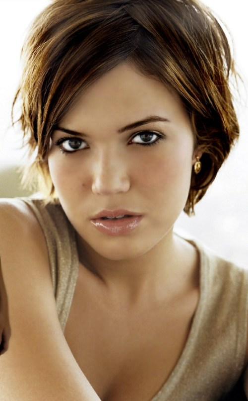 15 freche Frisuren mit Mandy Moore kurze Haare