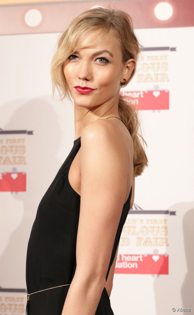 Mittellanges Haar Tutorial: Karlie Kloss 'niedriges Pony