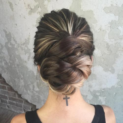 40 schönsten Hochsteckfrisuren für langes Haar im Jahr 2018