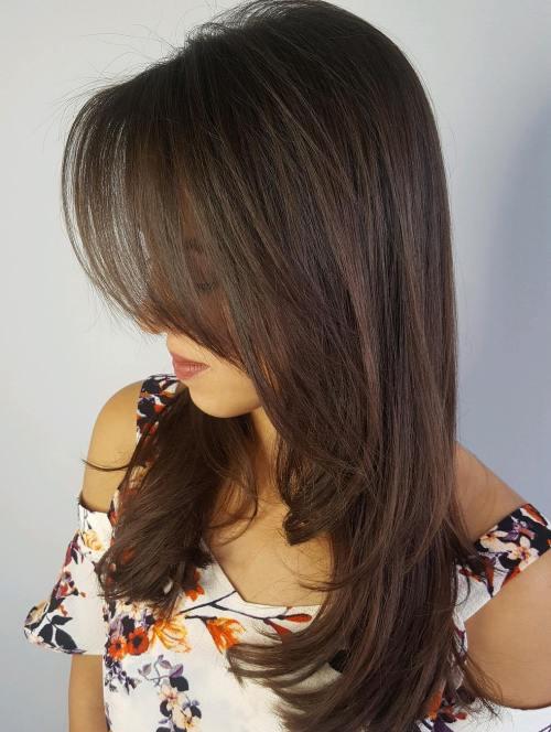 20 mit Federn versehenes Haar schaut, um Ihren Stylisten zu zeigen
