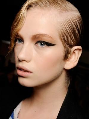 Halb-rasierte nervöse Frisuren-Ideen Neu