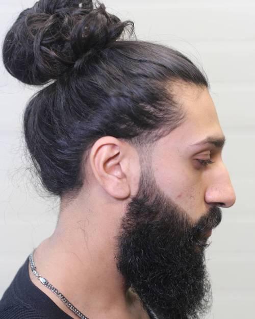 25 Sexy Man Bun Styles, die Sie wissen müssen