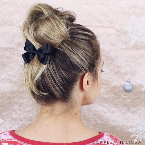 30 einfache und stilvolle Casual Hochsteckfrisuren für langes Haar