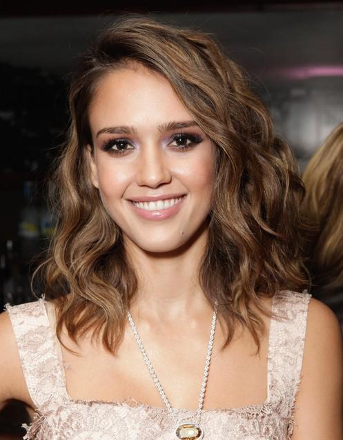 27 am meisten lebendige und atemberaubende braune Frisuren für Frauen
