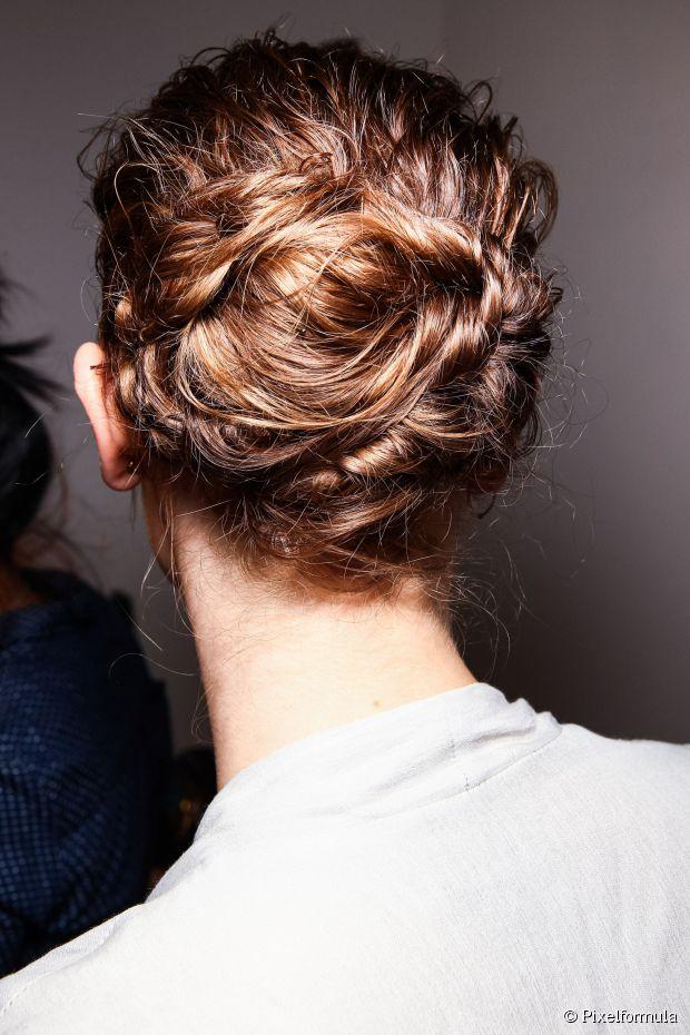 14 Alternative Hochzeit Frisuren für edgy Sommer Bräute