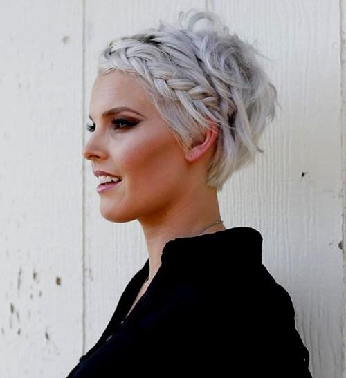 50 kurze Frisuren und Haarschnitte für Mädchen aller Altersstufen