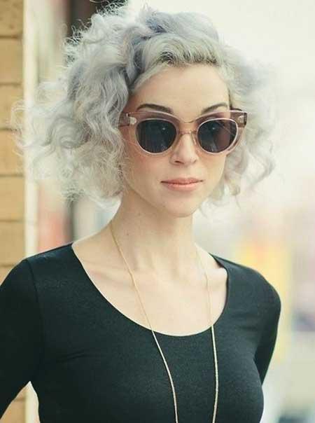 Wunderschöne kurze graue Frisur Ideen für Neu