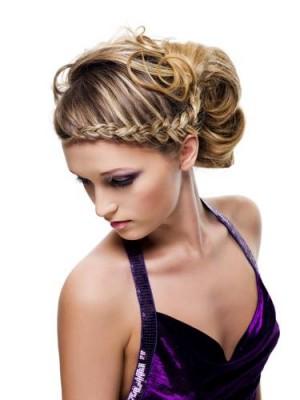 Zurückgeleckte Frisuren für Frauen