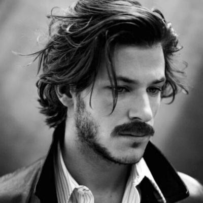 Top Frisuren für Männer mit Bart