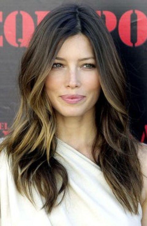 30 Brunette Frisuren für Frauen - die meisten ausgefallenen und noblen Stil zu tragen