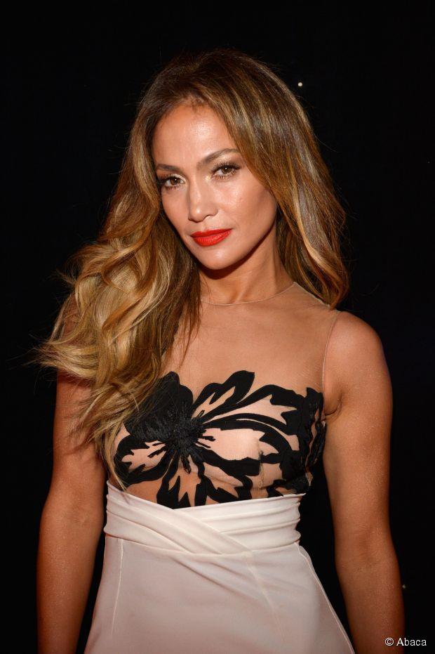 Jennifer Lopez: 3 rote Teppich Frisuren, um es jetzt zu versuchen!