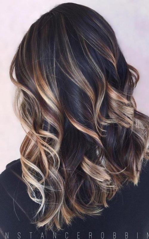 Dunkle blonde Frisur Ideen für alle