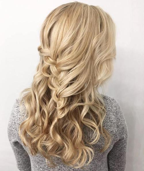 40 verschiedene Homecoming Frisuren für kurzes, mittleres und langes Haar