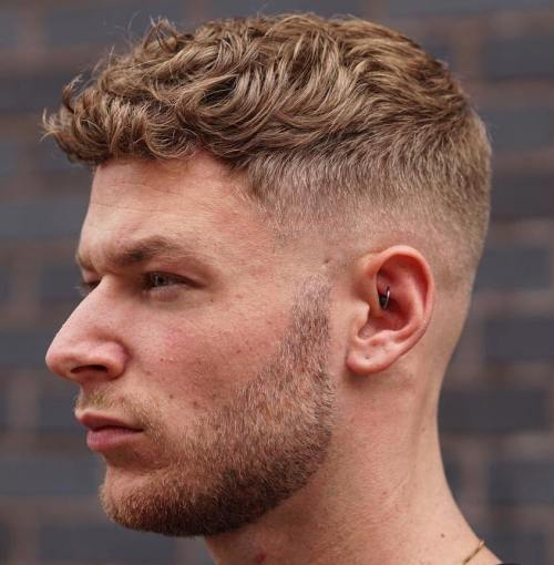 45 heißeste Männer lockige Frisuren, die Frauen anziehen