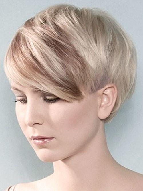 Pixie Haircut Trends für Neu