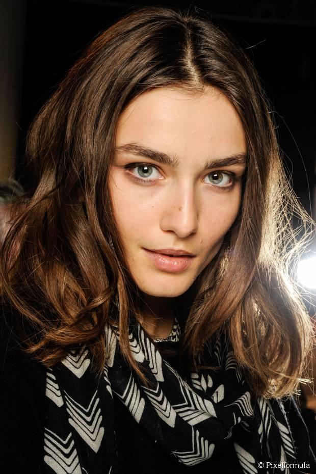 Beliebteste Schulter-Länge Street Frisuren für Frauen