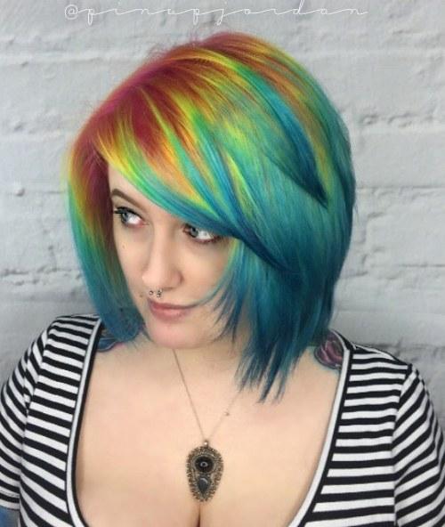 20 Frisuren mit türkisfarbenem Haar