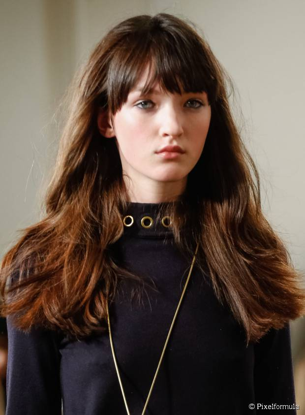 5 neue Frisuren im Dezember versuchen