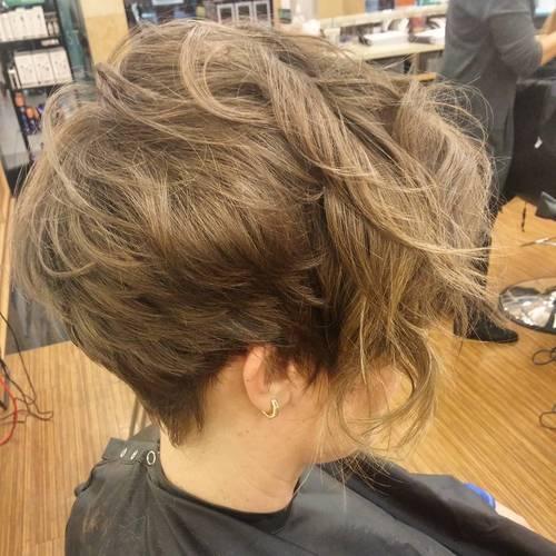 60 wunderschöne lange Pixie Frisuren