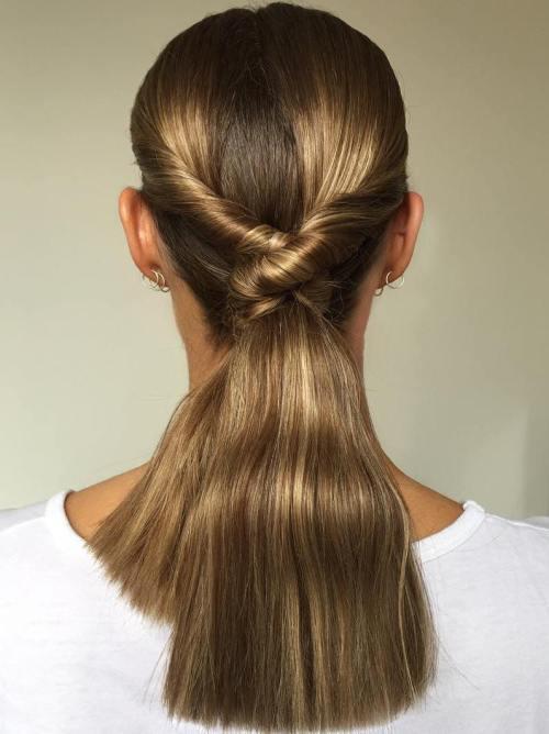 35 Abrufen von Frisuren für glattes Haar zum Sport in dieser Saison