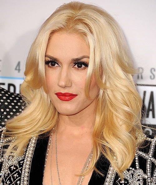 30 heißeste und stilvolle lange blonde Frisuren