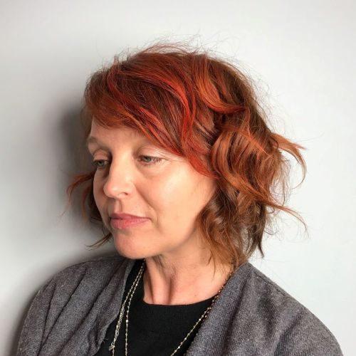 Anti-Aging-Frisuren mit Pony für ältere Frauen