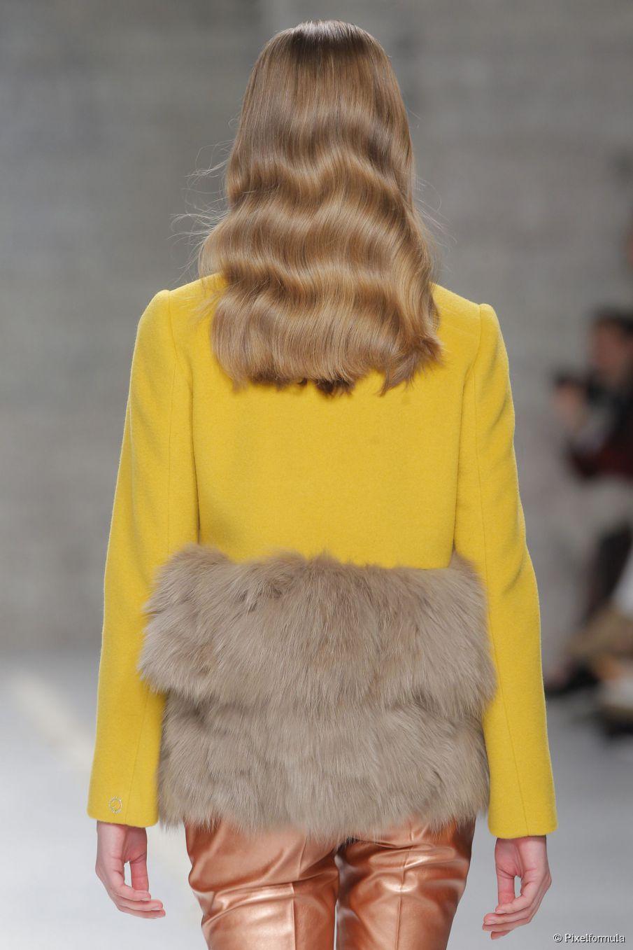 Midweek-Muntermacher: 15 glamouröse wellenförmige Frisuren, die Sie inspirieren