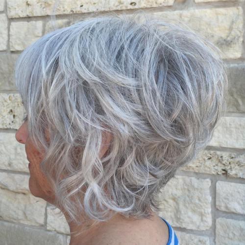 60 besten Frisuren und Haarschnitte für Frauen über 60 für jeden Geschmack