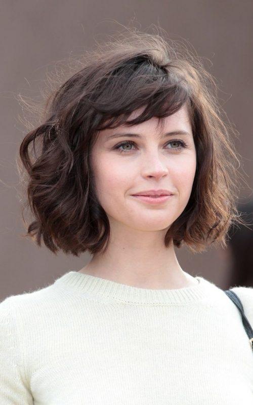 Subtile Short Bangs Haarschnitte