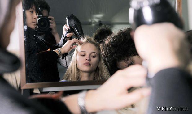 Es ist die Saison: 4 Video Frisur Tutorials für die Ferien