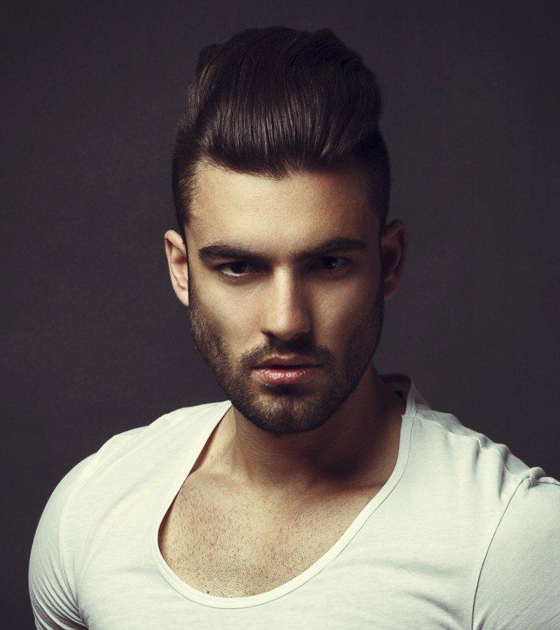 18 Undercut Frisuren für Männer, um einen Rand zu geben
