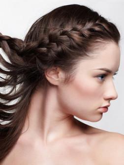 Frisuren für lange Pony