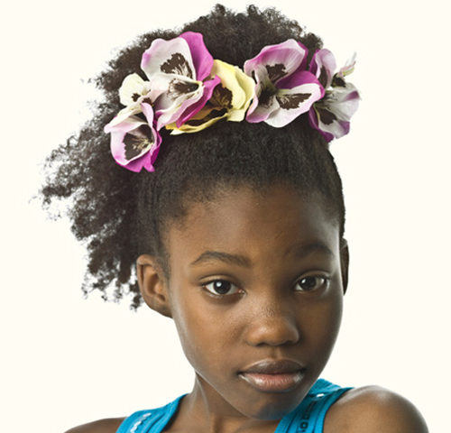 Niedlich und trendy Frisuren für schwarze Teen Girls