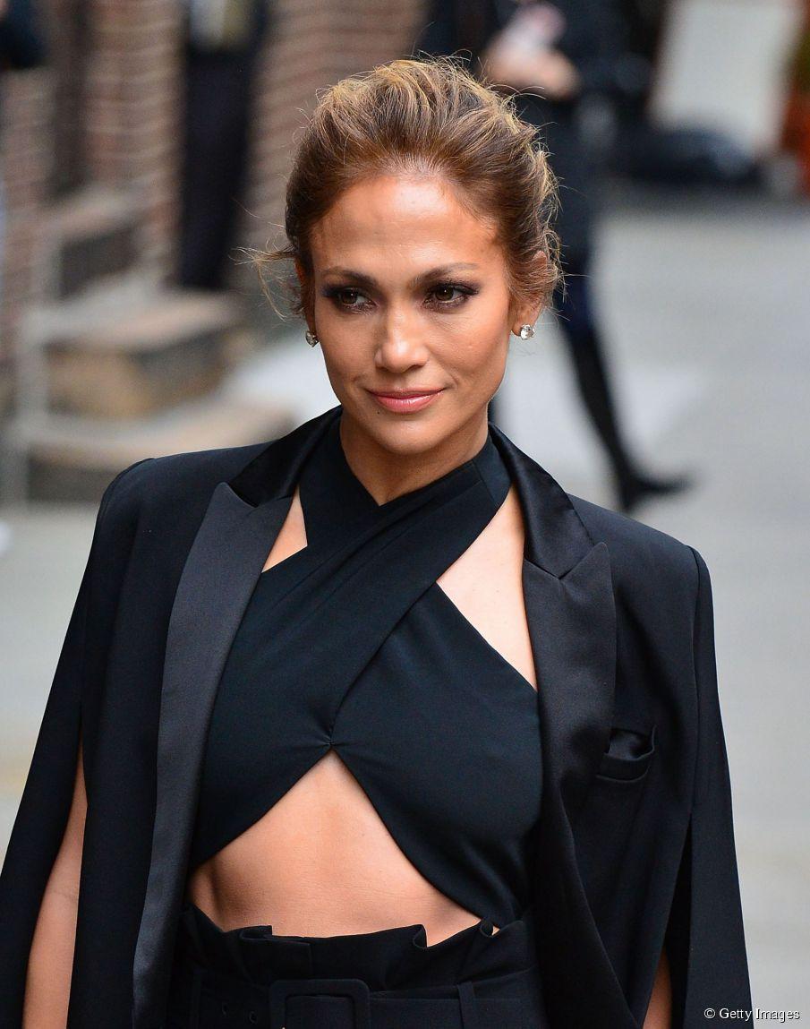 Easy Jennifer Lopez Haar Tutorial: geflochtene Hochsteckfrisur