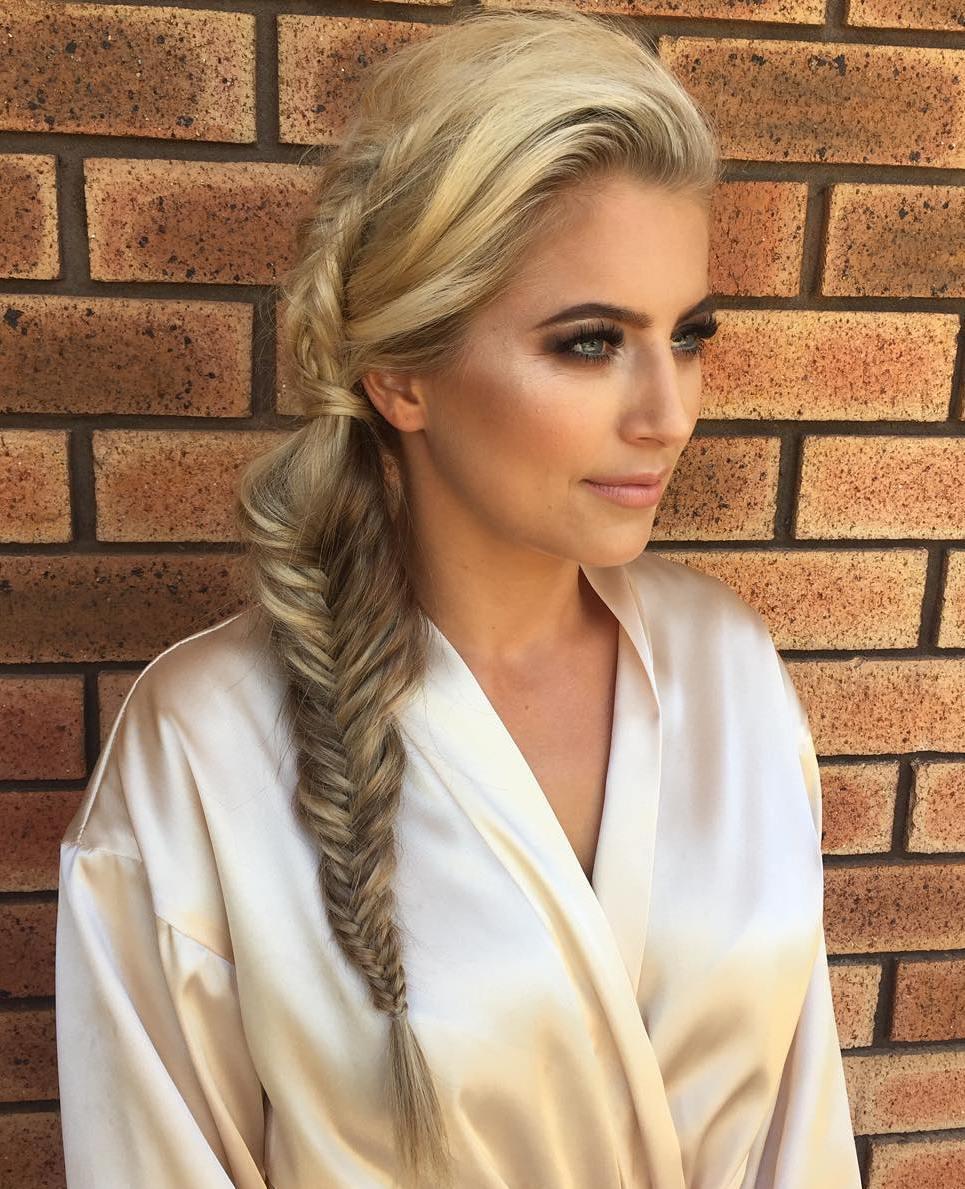 40 unwiderstehliche Frisuren für Bräute und Brautjungfern