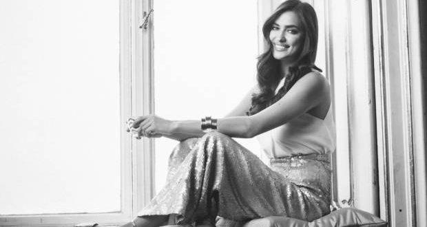 Bombshell Hair Alert: Irina Shayks Glamour Waves