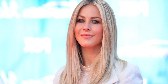 30 exklusive mittellange Frisuren für Frauen