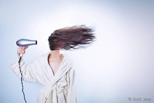 Drei Möglichkeiten, Ihr Haar im Herbst voluminös aussehen zu lassen