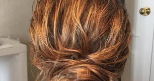 35 verführerischsten Frisuren für krauses Haar