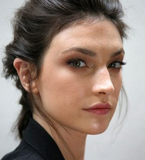 Tipps, um süße Brötchen Frisur zu erstellen