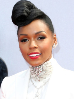 Promi Frisuren von BET Awards 2013